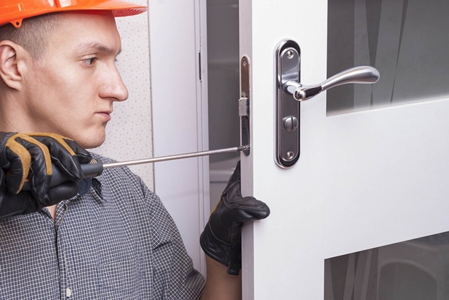 Tips for Choosing the Right Locksmith Services